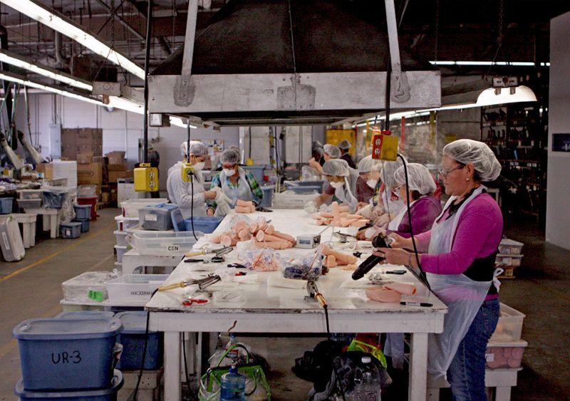 Производство секс-игрушек в США.