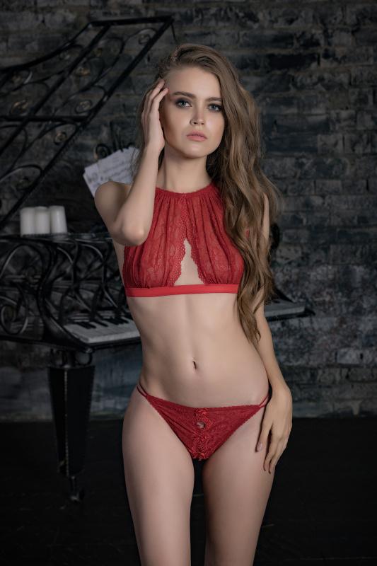 Эротические трусики-стринги Norddiva, кружевные, рубиновые, L
